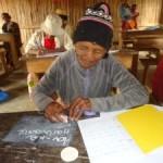 Madagaskar Schule Schrift Frau Nosy Varika