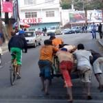 Galerie: Madagaskar Strassenszene Antananarivo