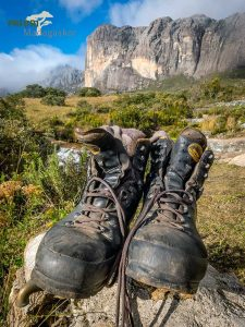 Madagaskar-Reisen-Ausrüstung-Schuhe-