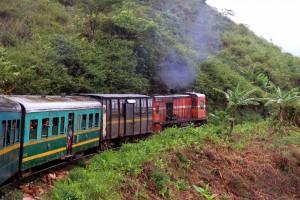 Madagaskar per Eisenbahn und Piroge: Madagaskar-Zug-Dschungelexpress-PRIORI-Reisen