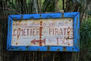 Vom Hochland auf die Insel _Madagaskar_Piratenfiedhof_PRIORI-Reisen