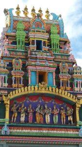 Kreolische Farben: Hindu-Tempel La Réunion
