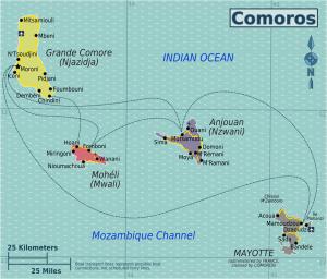 Karthala-Das Land: Landkarte der vier Komoreninsel inklusive Fährverbindungen