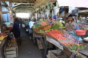 Abenteuerreise nach Madagaskar: Markt in Morondava
