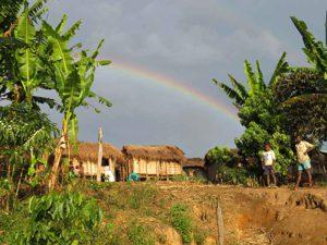 Trekking zum Chute de Sakaleona: Nach Regen folgt Sonne_Regenbogen am Morgen
