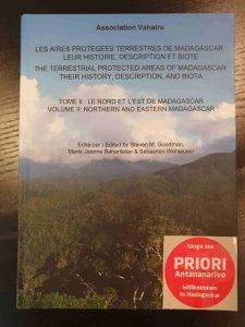 Madagaskar Nationalparks: Les aires protégées terrestres de Madagascar_leur histoire, description et biote.Tome II_Volume II