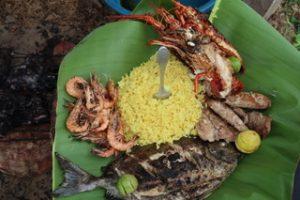 Wunderbare Ferien in Madagaskar: Mittagessen am Pangalanes-Kanal