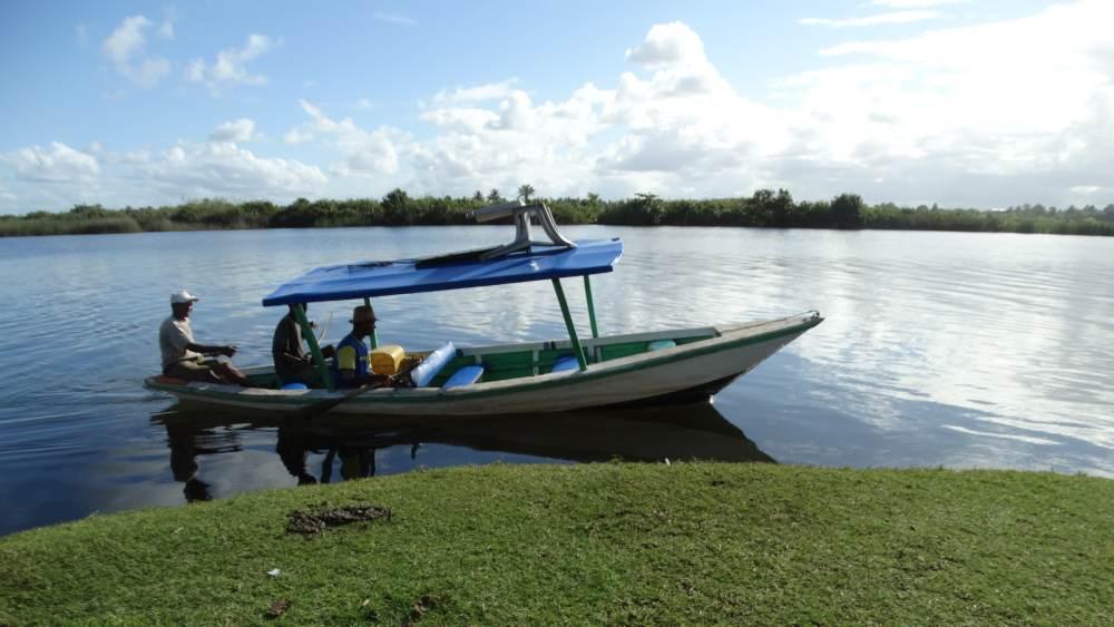 Unser Madagaskar Abenteuer: Picknick am Ufer des Pangalanes Kanals