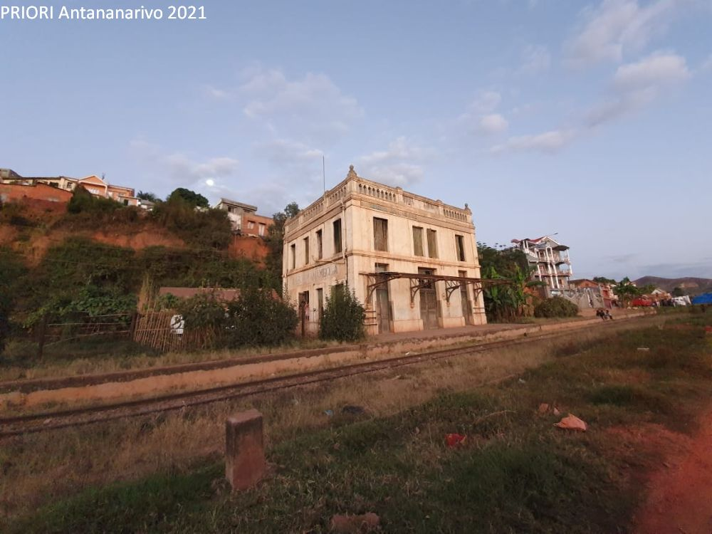 Bahnhof von Ambohimanambola Madagaskar